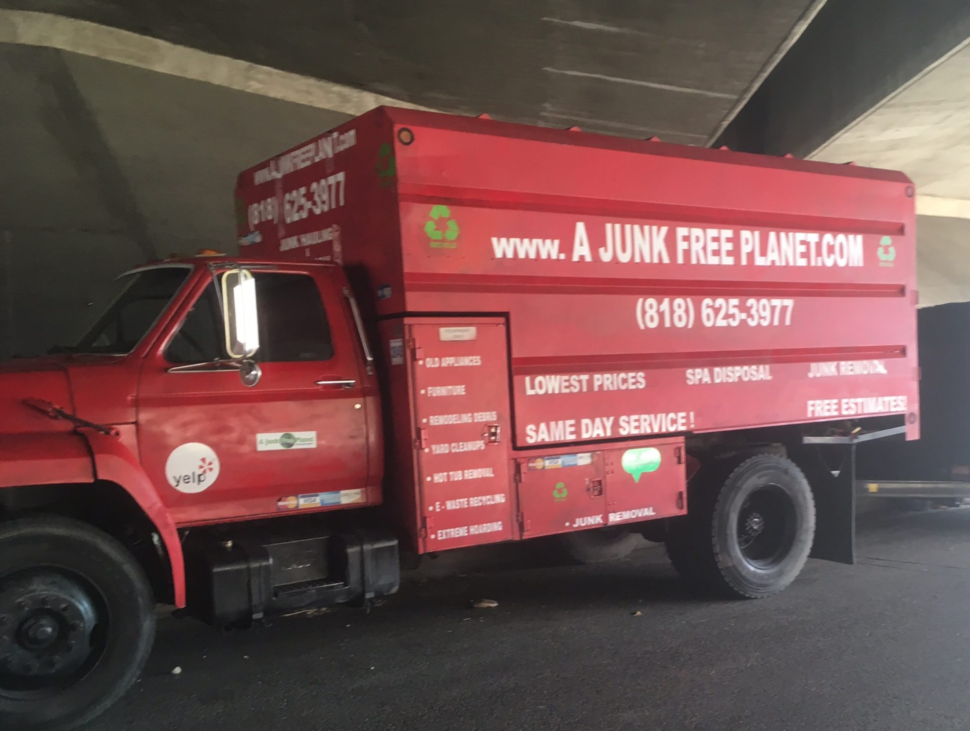 JUNK HAULING, JUNK REMOVAL, HOT TUBS & SPA REMOVAL A JUNK FREE PLANET